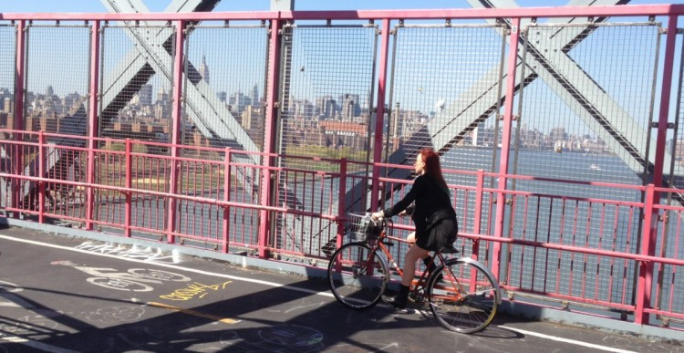 Willamsburg Bridge with Manhattan in Background 2013-05-04 14.59.36