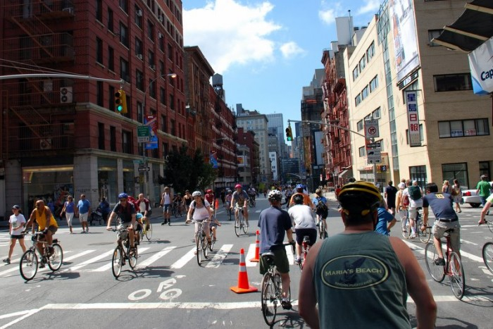 NYC-Summer-Streets-2008-1 (16)
