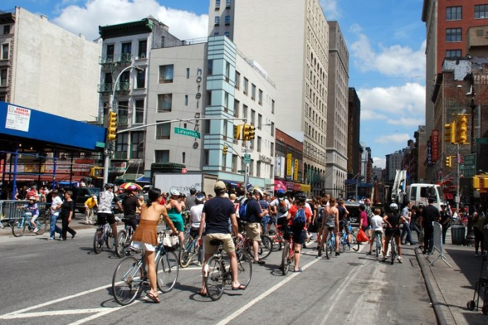 NYC-Summer-Streets-2008-1 (21)