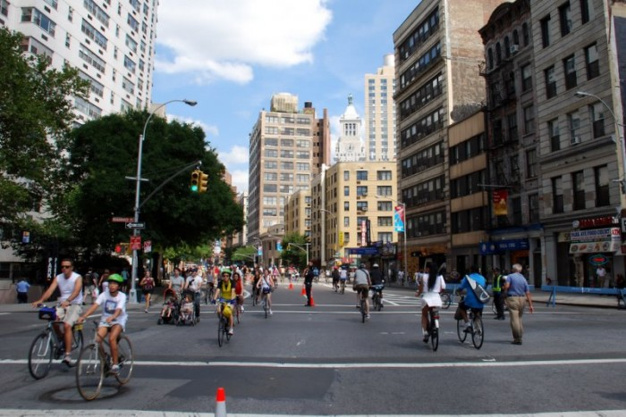 NYC-Summer-Streets-2008-1 (27)