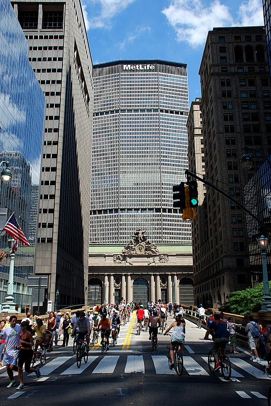 NYC-Summer-Streets-2008-1 (31)