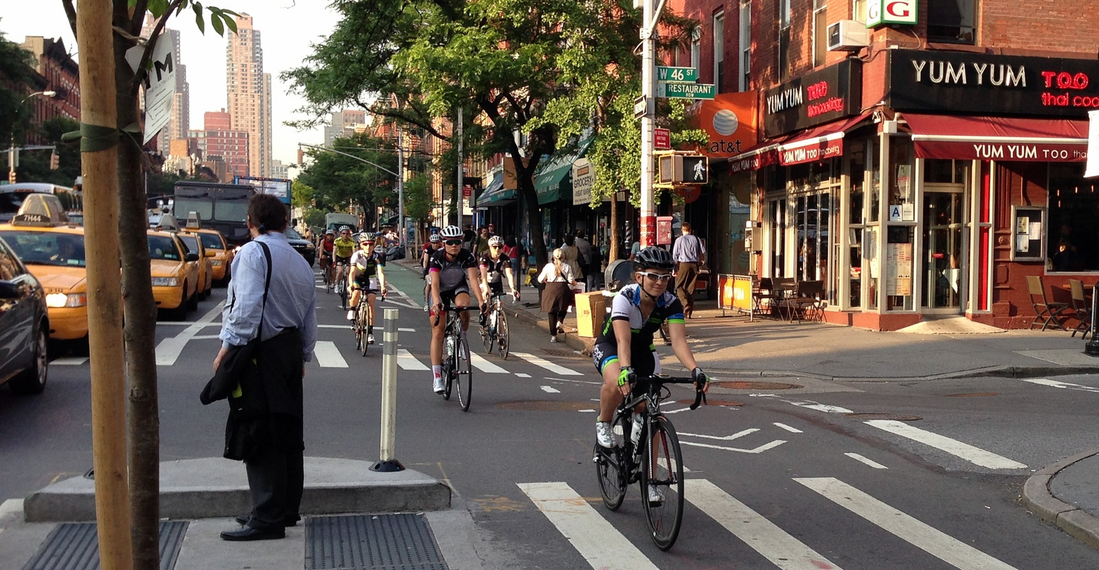 Photos SpecializedLululemon Pro Cycling Team Rides NYC NYC - Nyc map bike lanes