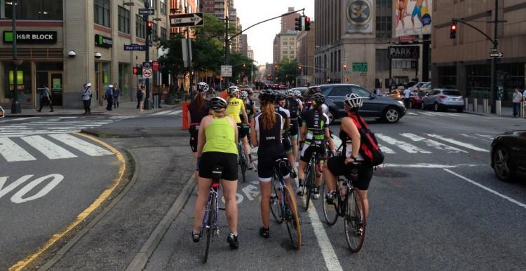 Specialized-Lululemon Rides NYC 2013-05-27 (8)