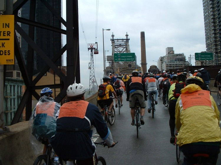 2005 Five Boro Bike Tour (25)