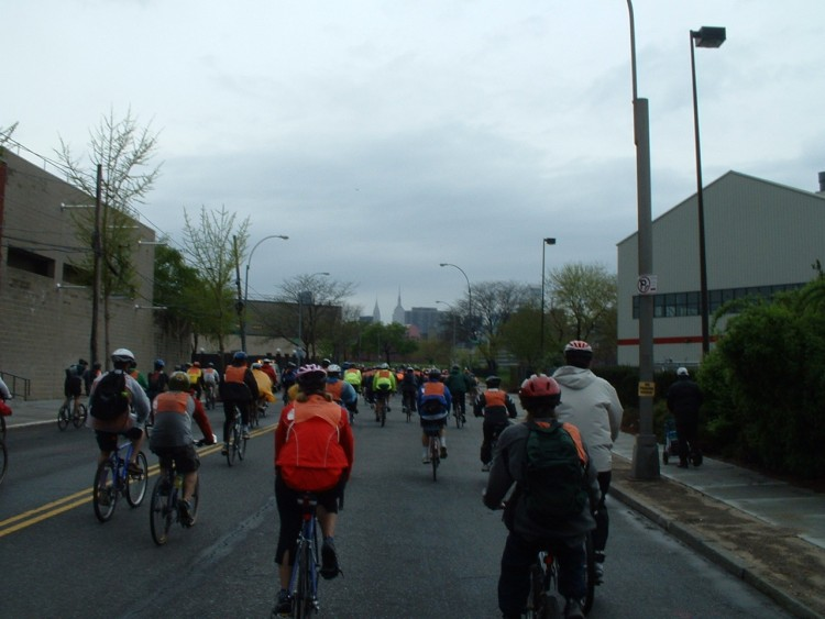 2005 Five Boro Bike Tour (29)