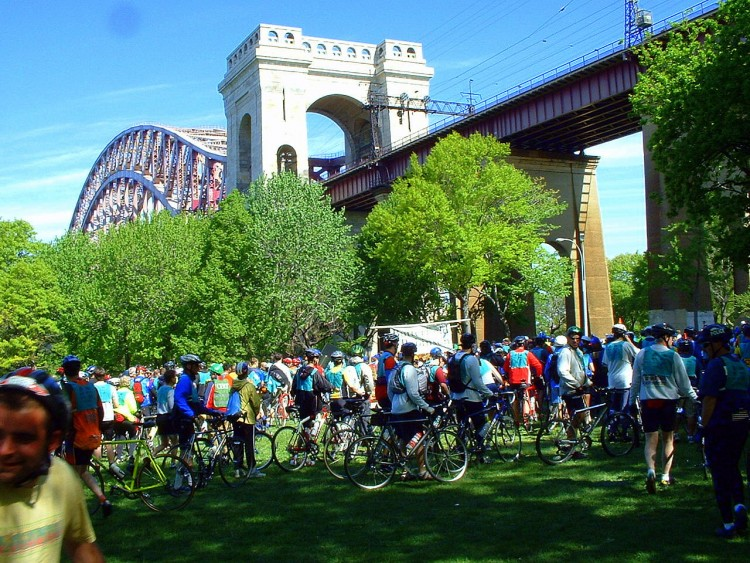 2006 Five Boro Bike Tour (11)