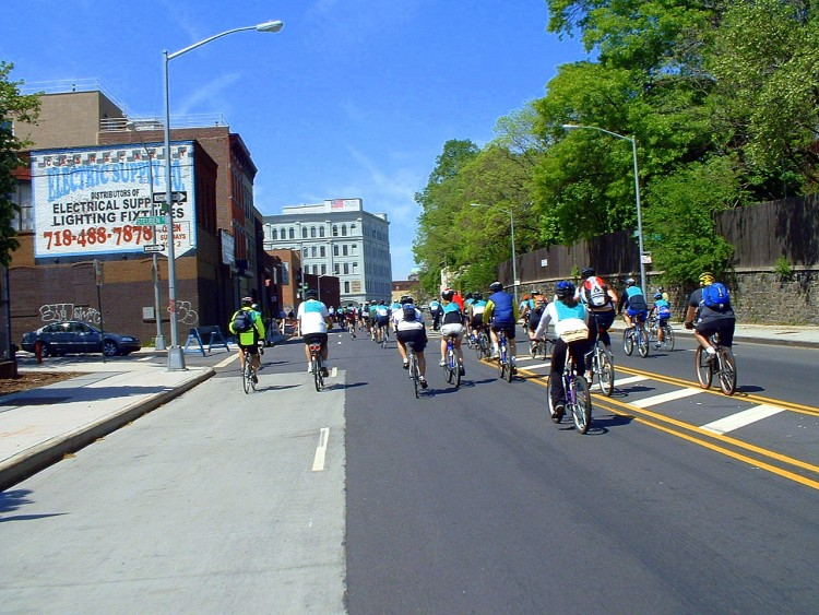 2006 Five Boro Bike Tour (17)