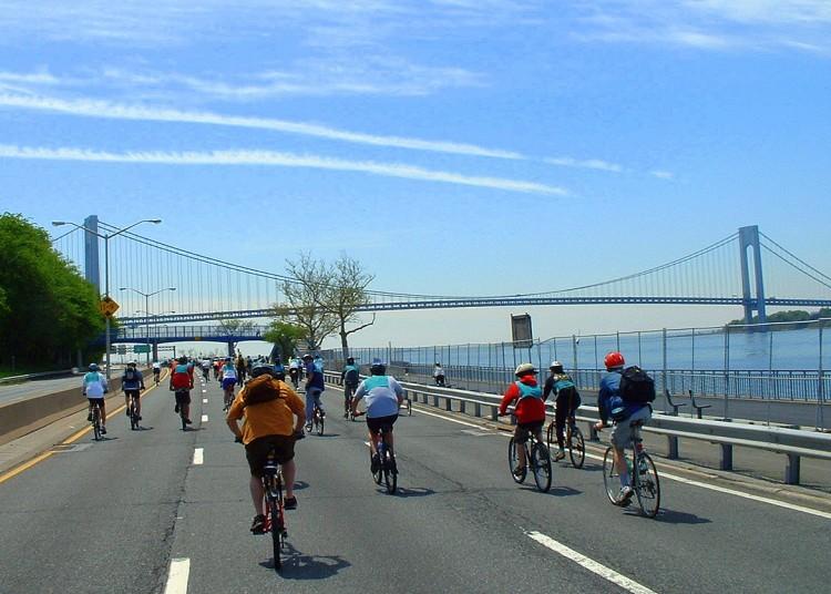 2006 Five Boro Bike Tour (23)