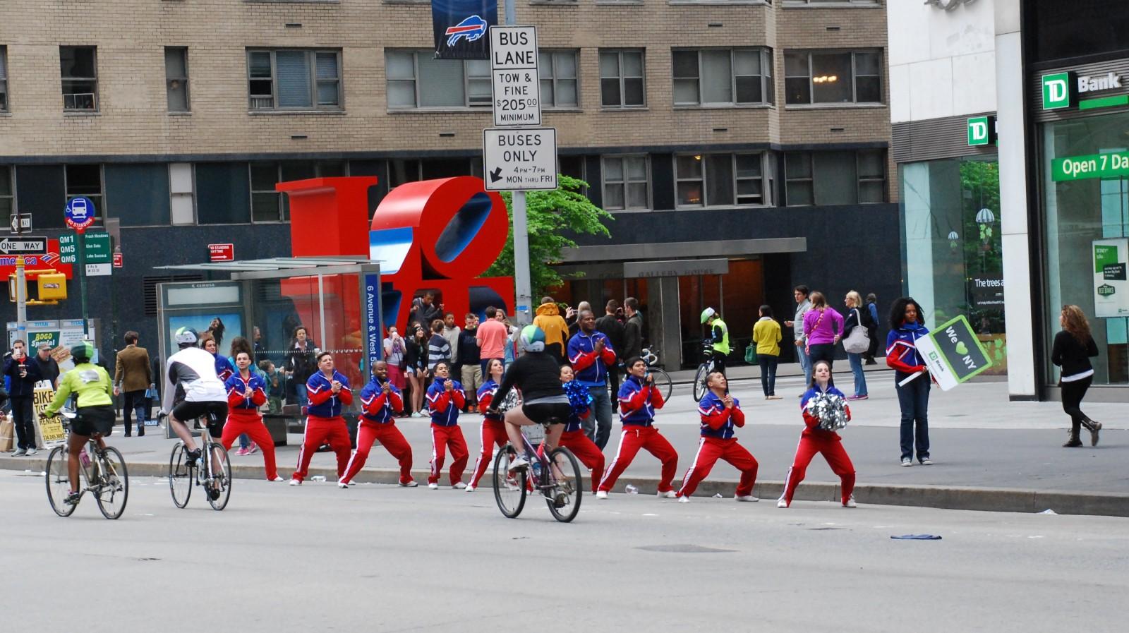 TD Bank CHeerleaders LOVE NY